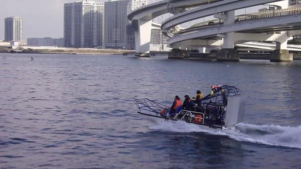 東京湾航行